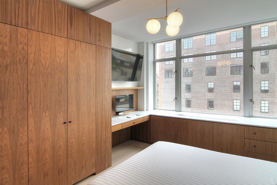 1806 Bedroom